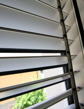 sicurezza-per-finestre-securflap-n008